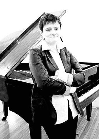 Urszula Borkowska 6_edited.jpg