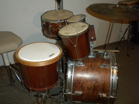 Novelty Drum Kit