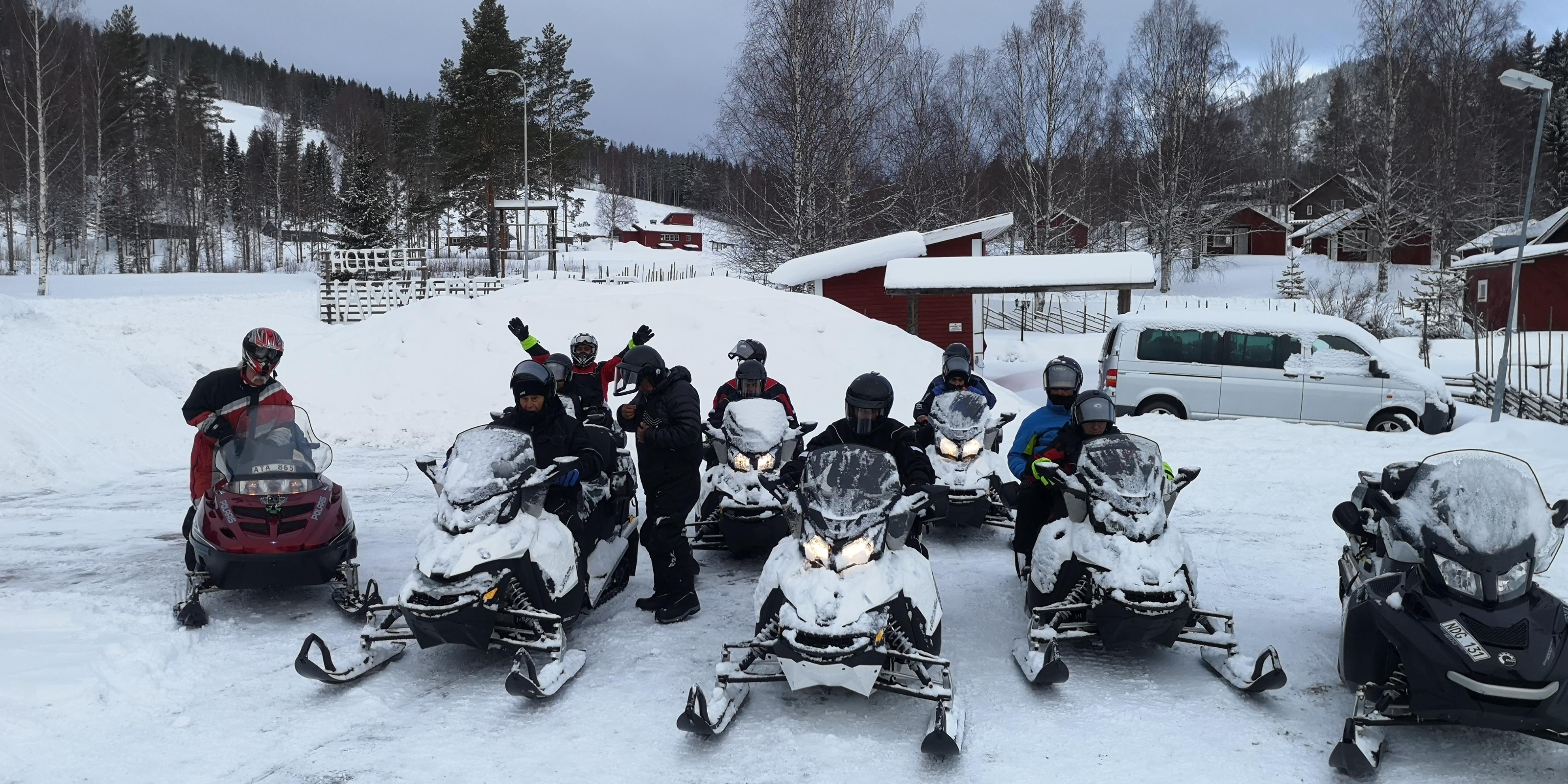 Telron snowmobile safari 3