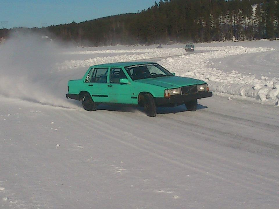 rally on the ice