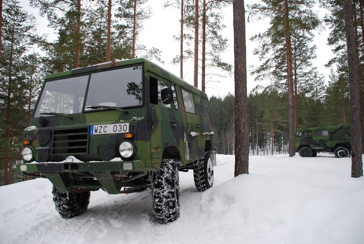 terrängbil i snö