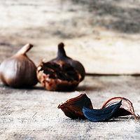 black garlic picture_edited.jpg