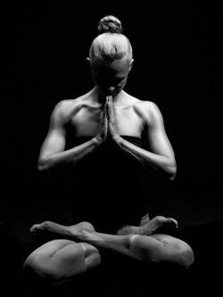 Yoga.sexy.A.03.jpg