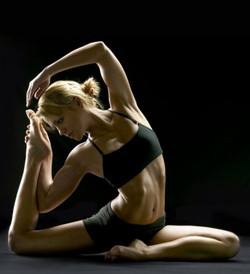 Yoga.sexy.A.10.jpg