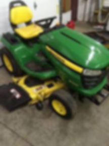 JohnDeere Lawn Tractor.jpg
