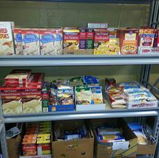 Food pantry volunteer manager