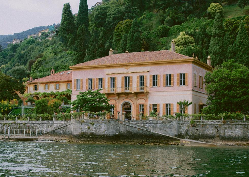 la villa dal lago.jpg