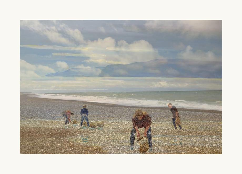 raccoglitori sulla spiaggia copia.jpg