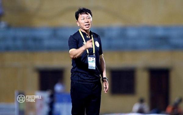 Coach Chung Hae Seong 1.jpg