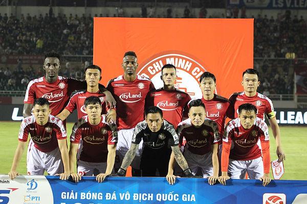 City Pose For Pre-Match Photo.jpg