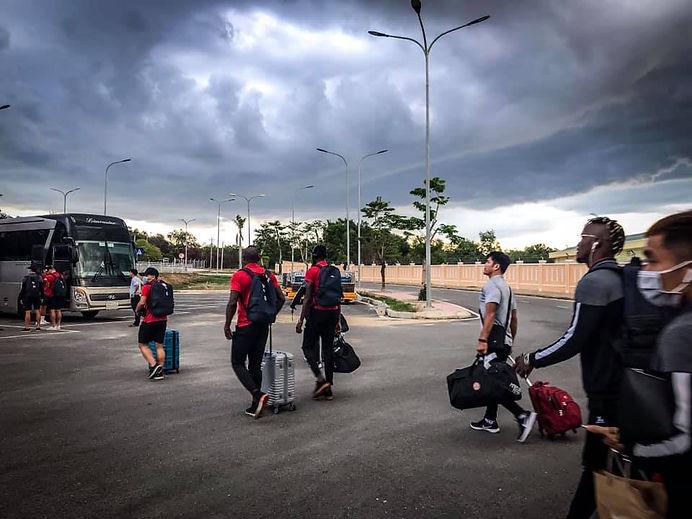 Team_Arrives_At_Sân_bay_Chu_Lai.jpg
