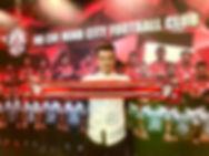 Ngô Hoàng Thịnh Signs for City.jpg