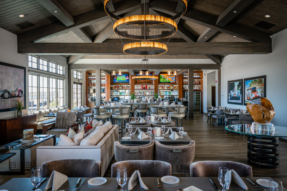 The Tower Clubhouse is where Members retreat for fine dining, entertainment, signature cocktails in a relaxed atmosphere.