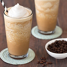 3.Coffee milkshake (ask for free whip cream)