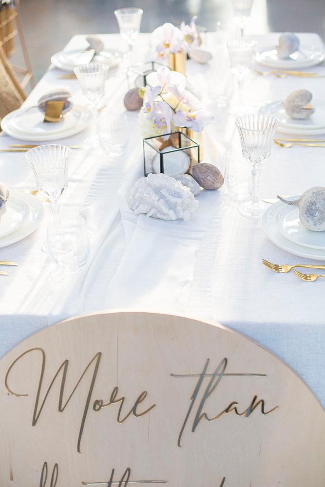 white table setting wedding