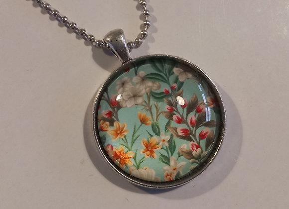 Vintage floral necklace  setting silver