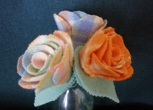 Woollen Flower trio - Cheeky check