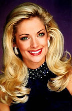 2002 - Valli Kugler Kelly - Miss UT-Mart