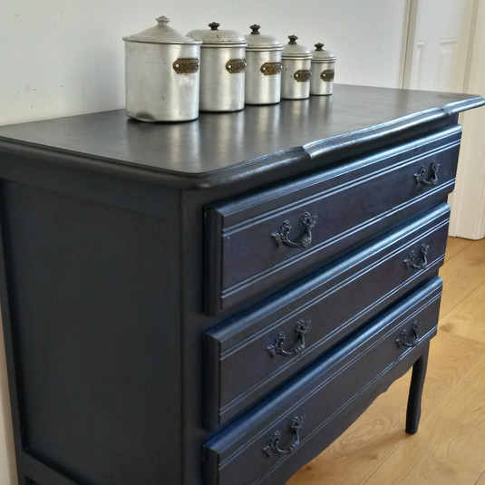 Painted Belgian chest of drawers