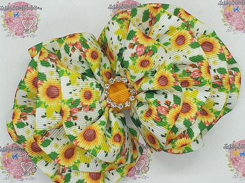 Libby's Sunflower Summer - WavydeBobbledeBow