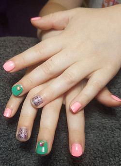 child easter nails_edited