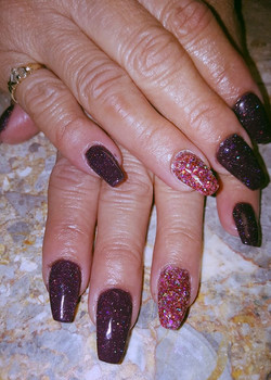 Carol sns glitter nails_edited
