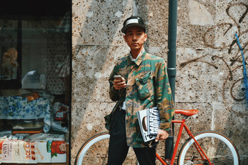 Street Style Garbagelapsap fashion week