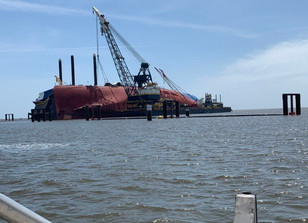 T&T Salvage installs the third and fourth lifting lugs on the M/V Golden Ray