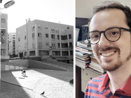 César Canova homenageia seu orientador de doutorado, Geovany Silva, com a entrega de sua tese em Li