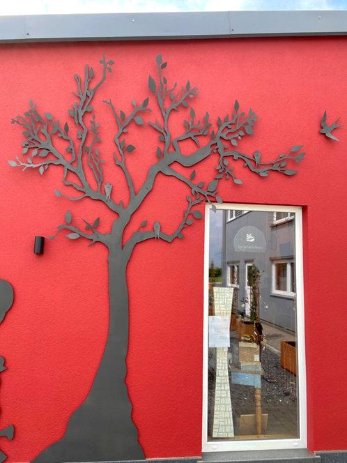 Baum Fassade