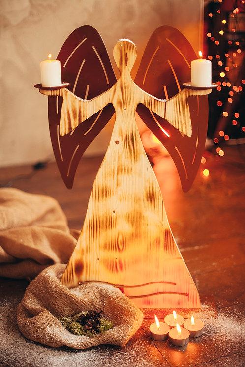 """Holzengel """"Frida"""" als Kerzenhalter"""