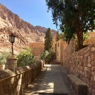New Earth - St. Catherine Monastery - Spiritual Journeys in Egypt - Hira Hosèn