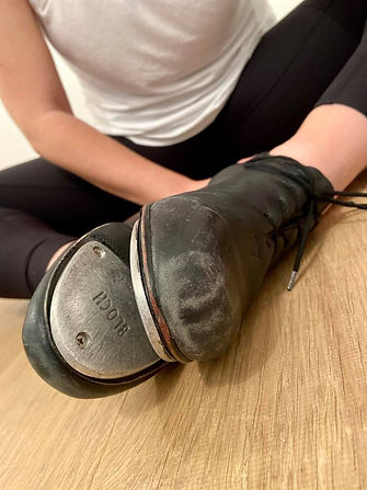 Scuffed tap shoes