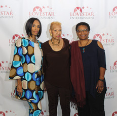 Love Star CEO Apral Smith, her mother and sister