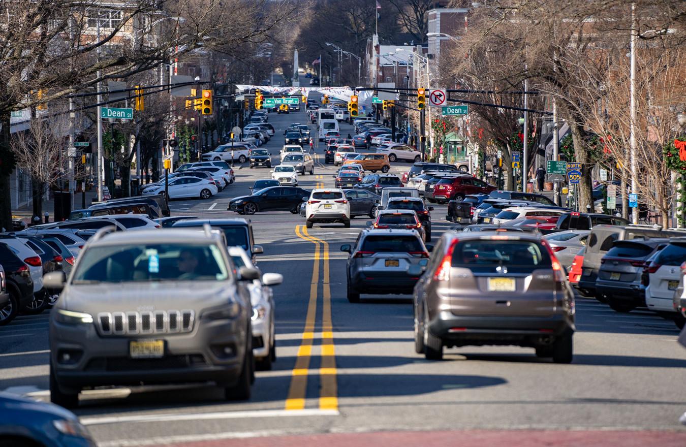 1. street traffic.jpg