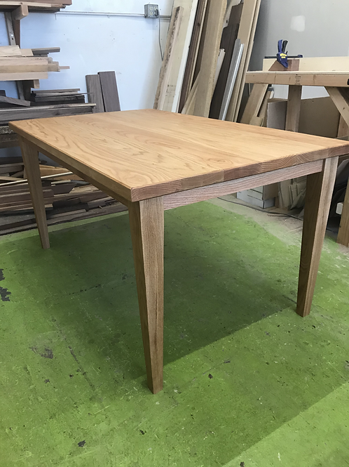 LAGUNA Dining Table