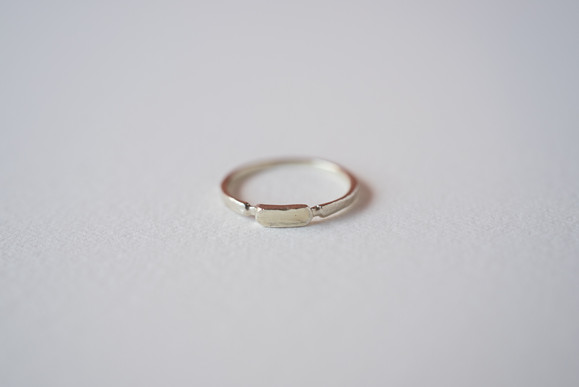 K10 Gold delicated signet rings 1