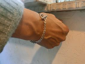 SV ring chain bracelet
