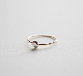 One Dot Ring