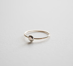One Dot Ring