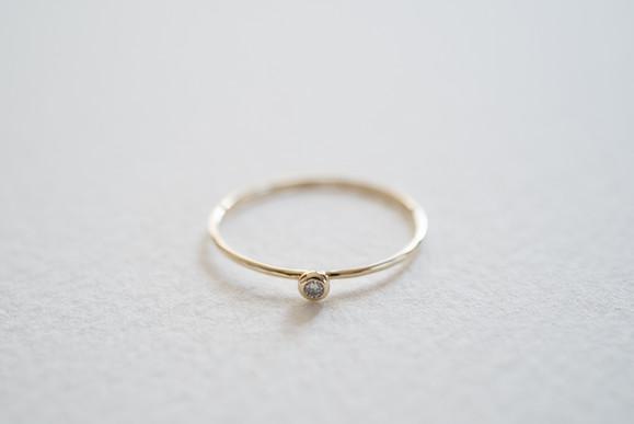 Petite_Diamond_ring.jpg