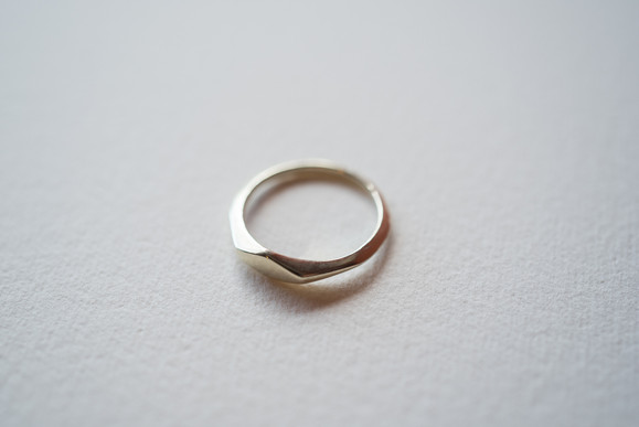K10 Gold delicated signet rings 4