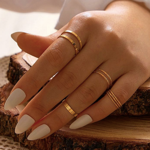 Sophia Stackable Ring Set