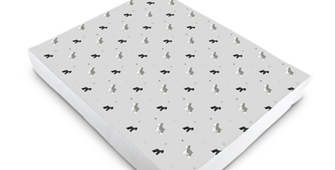 Luxury Dog Bed (S-XL) - Snazzy Schnauzers
