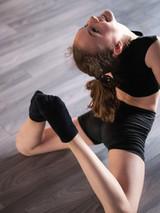 beautiful-girl-practicing-and-exercising