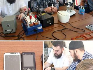 Для детей-сирот и полусирот открыта практическая подготовка по ремонту мобильных телефонов