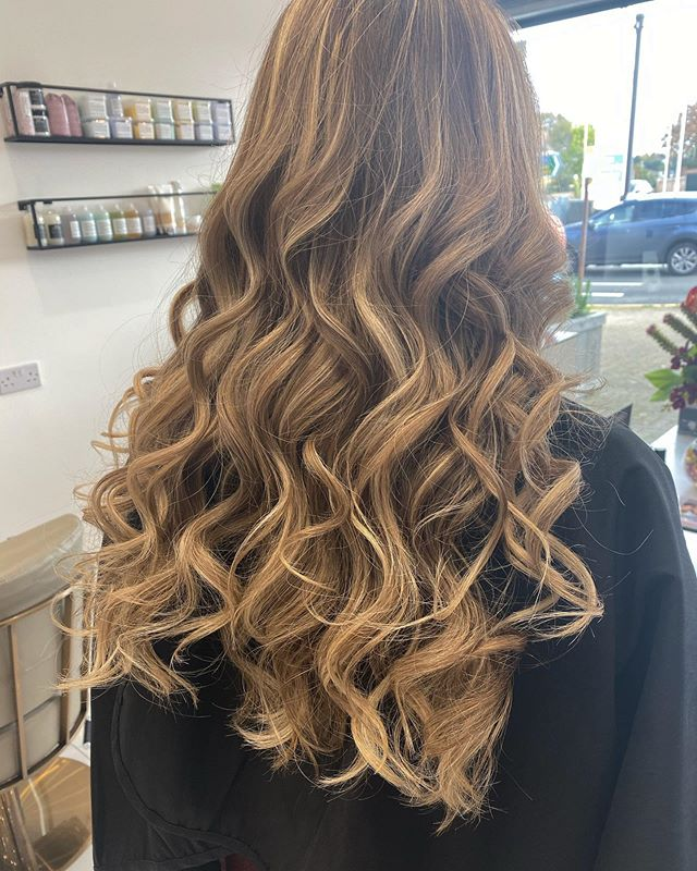 M O N D A Y  W O R K 😍__Colour by Jill