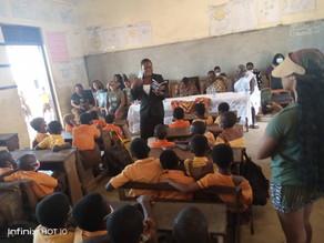 Mariah Visits Ghanian Schools