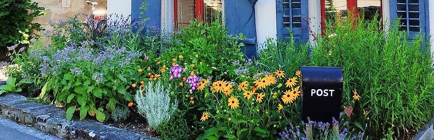 Blumenbeet_edited.jpg