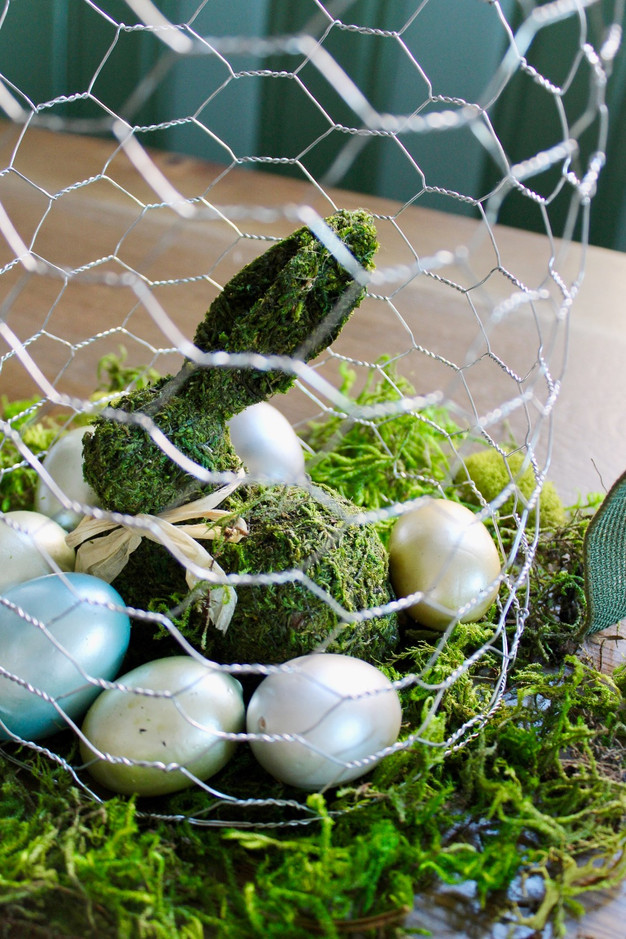 DIY: How To Make a Chicken Wire Cloche for Easter Centerpiece